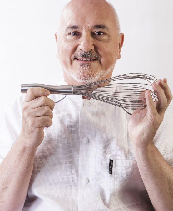 Osvaldo Gross: La pastelería tradicional en su esencia