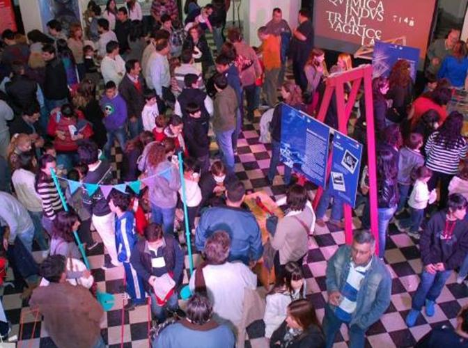 Más de 4 mil alumnos vivieron el CientiFIQ Fest